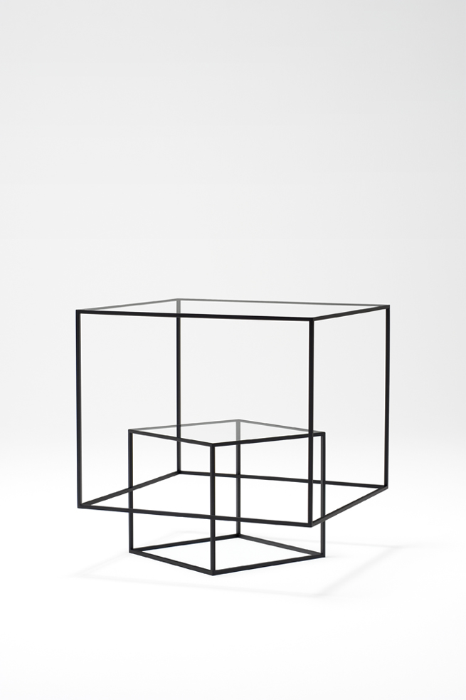thin-black-lines13-table