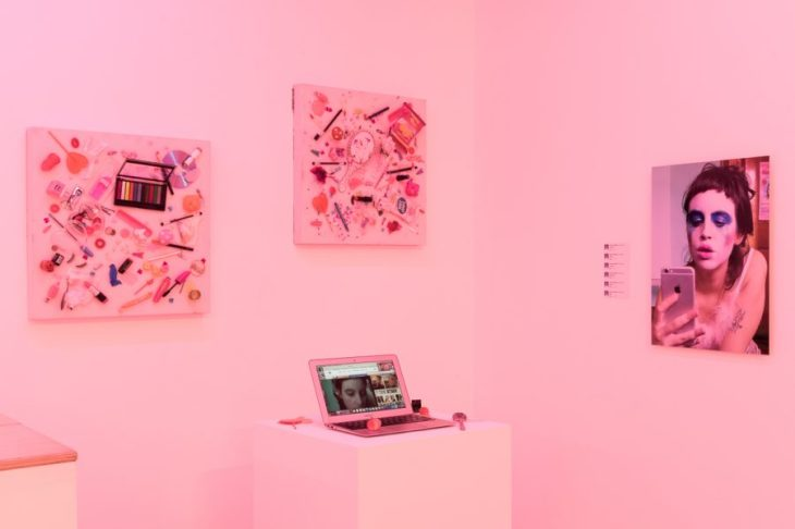 installation_view_2016_molly_soda_annka_kultys_web_13-900x600