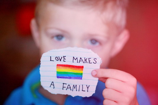 love-makes-a-family-purple-sherbet-photography